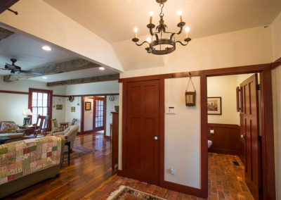 West-Wing-Friend's-Entry-Interior